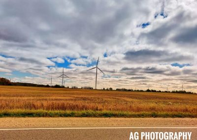 Windmills on an arid countryside || by AG Fotography